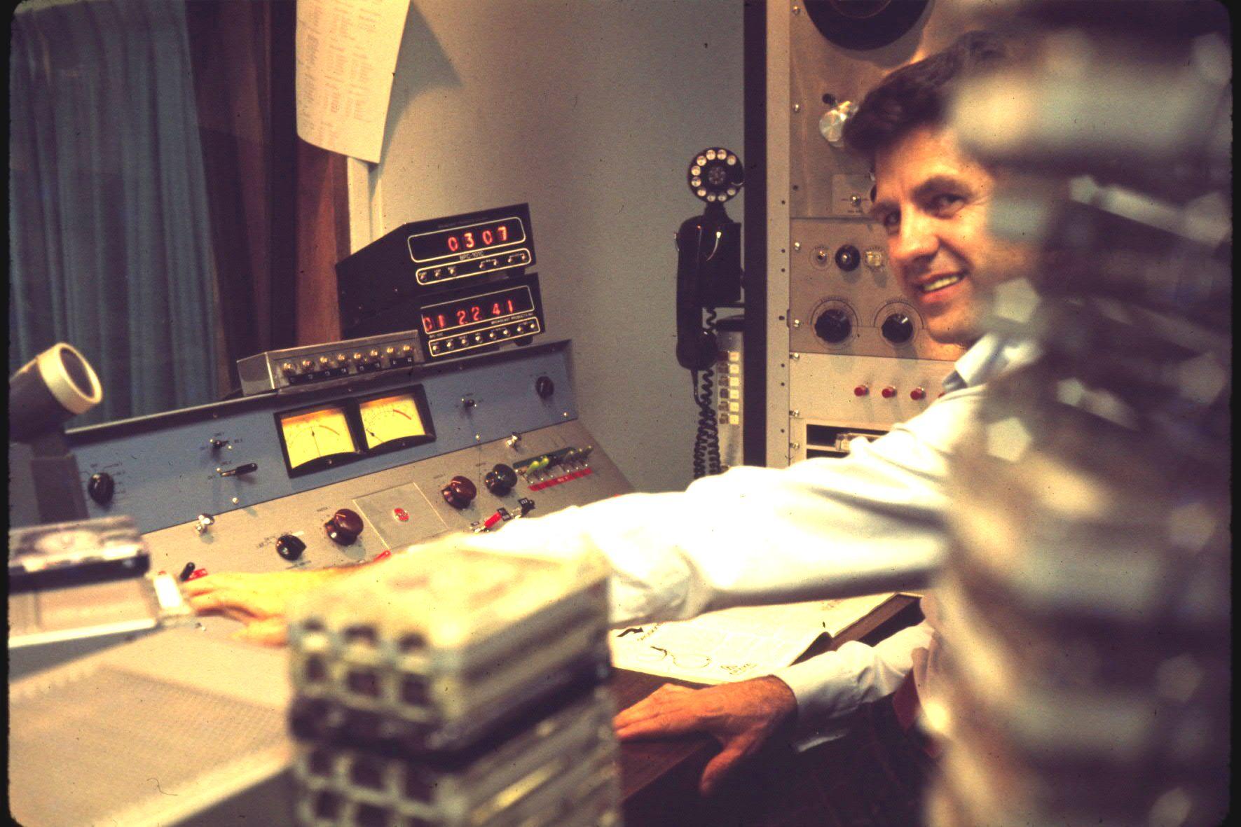 wcfl-march_1976-al-urbanski-bob-dearborns-engineer